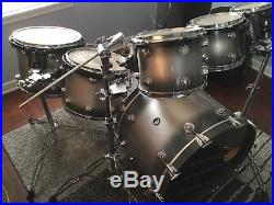 DW 6-Piece Drumset with Tom Stands and Mount