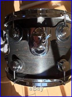 DW Collectors Series Drum Set with cases NO RESERVE