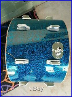 EARLY 70'S ROGERS BLUE ONYX PROJECT DRUM SET 20 and 16