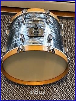Gretsch USA Custom Drumset 12x8, 14x14ft, 18x14bd in midnight blue pearl. CLEAN