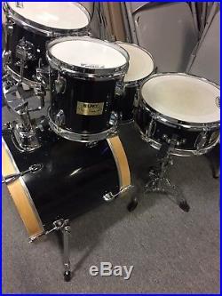 Mapex V series 5 piece drum set