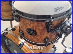 Mapex drum set 6 pc in excellent condition