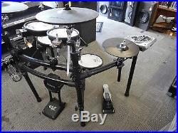 Roland TD15 Electronic V-Drum Set Kit Manuel And CD! USED