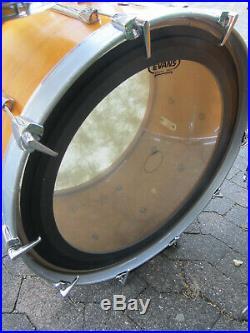 Vintage PREMIER Shellset 24 13 16