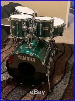 Yamaha recording custom drum set Read Description